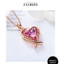 Load image into Gallery viewer, Gold Heart Crystals Necklace