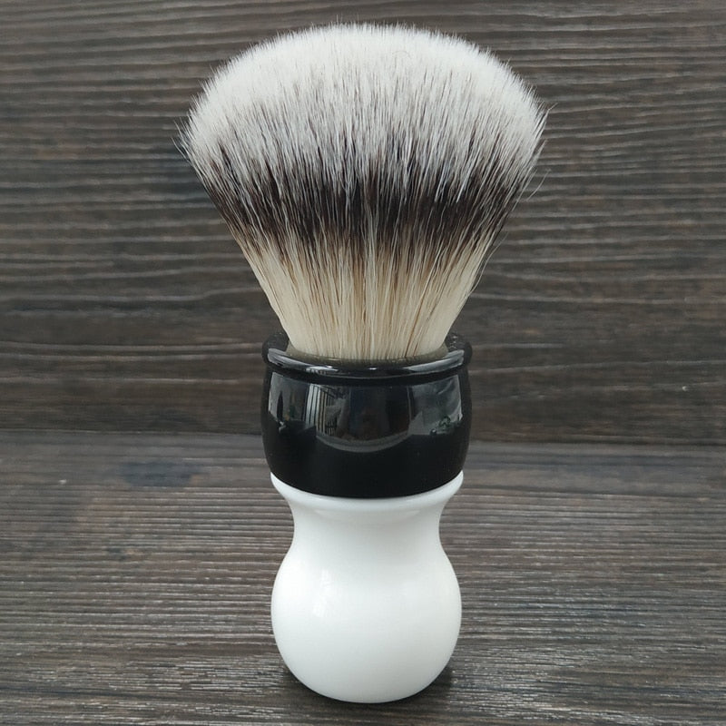 Ssoft synthetic shaving brush