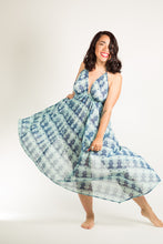 Load image into Gallery viewer, Muy Maxi Dress in Aqua