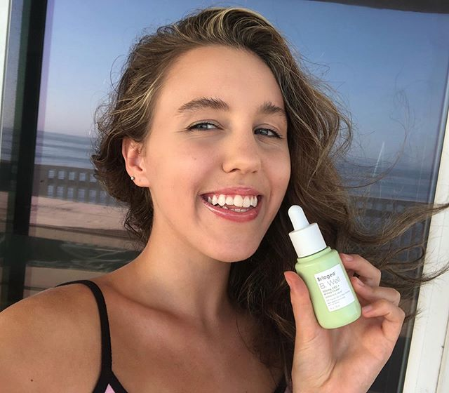 <p>I love how this product makes me glow! This product is blended with phyto-active formula combined with CBD oil to help soothe your skin! This product is perfect for sensitive skin.</p>