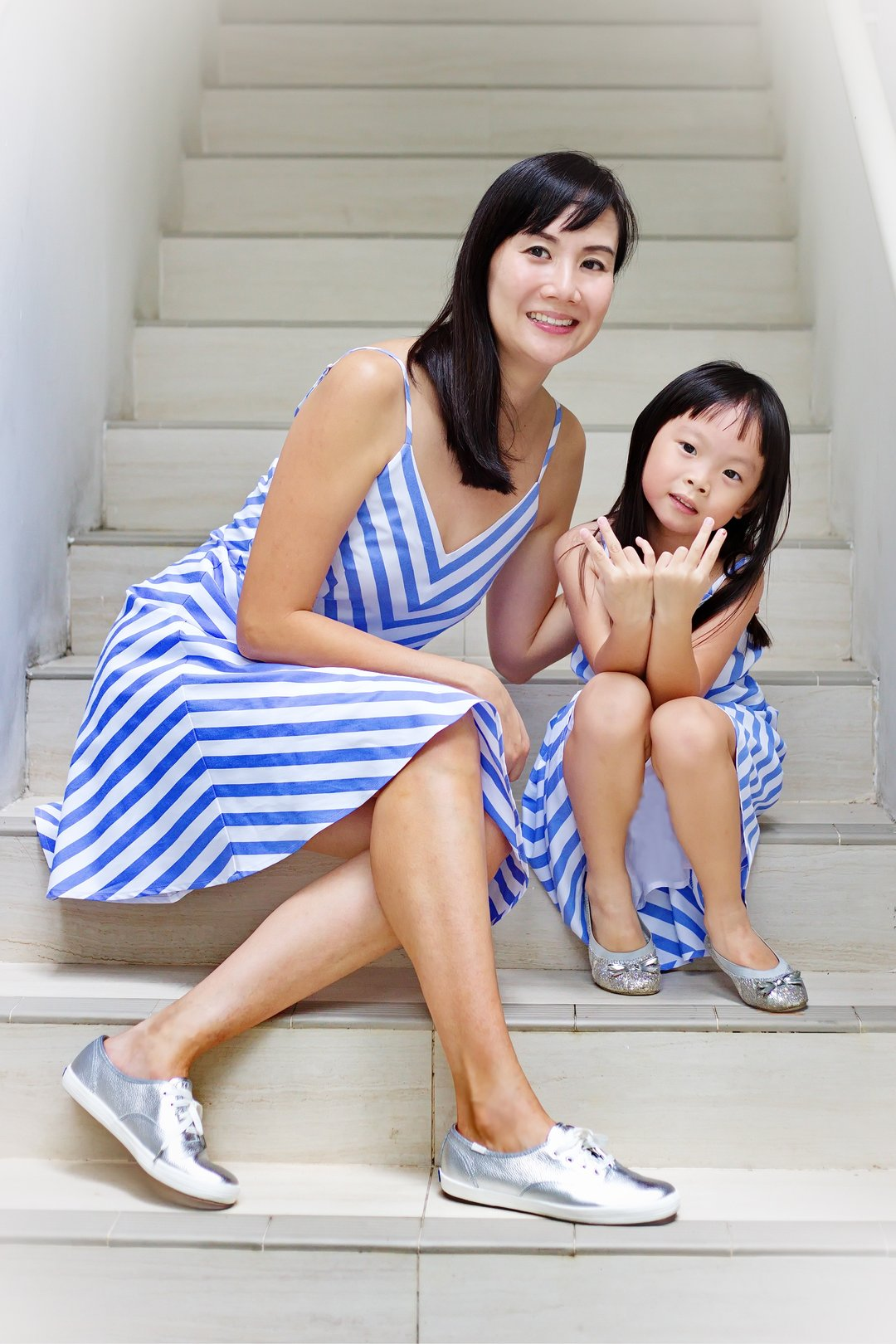 Mother & Daughter Twinning Dresses (Include 2 dresses)
