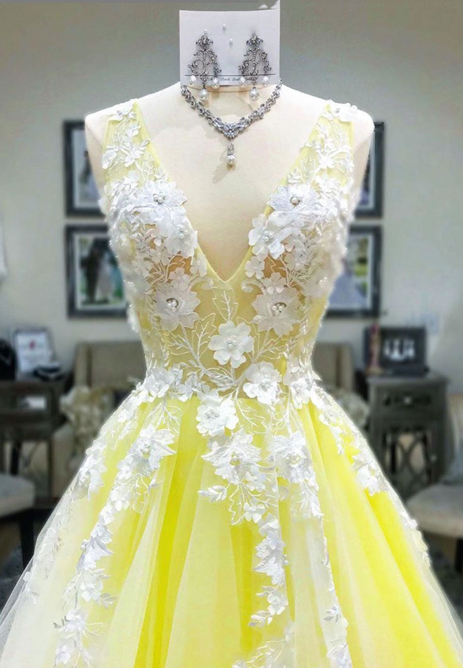 Yellow v neck tulle lace long prom dress