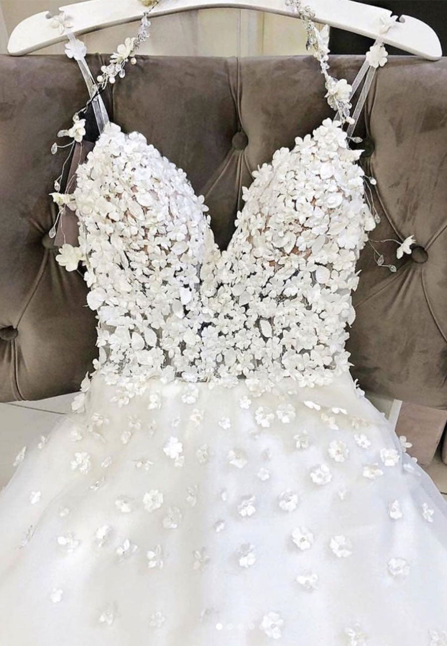 White appliqué prom dress, wedding dress