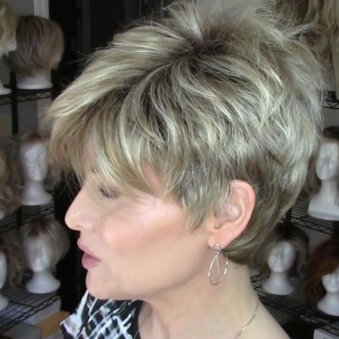 Sweet Romantic Gold Brown Short Wig