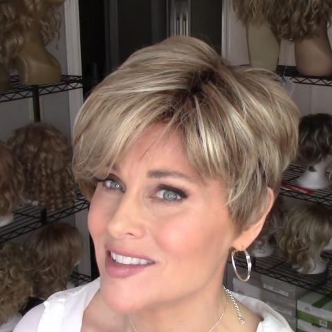 Fashion Romantic Gold Short Wig