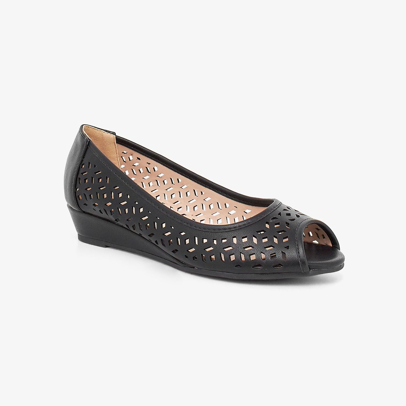 Perforated Women Pumps