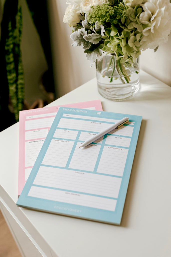 A4 Essay Planner Blue