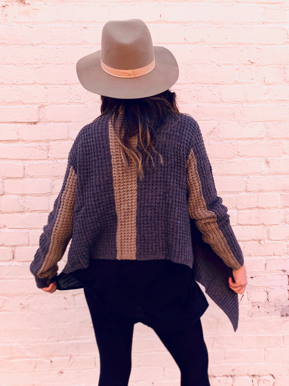 Oversized Lapel Two Tone Sweater