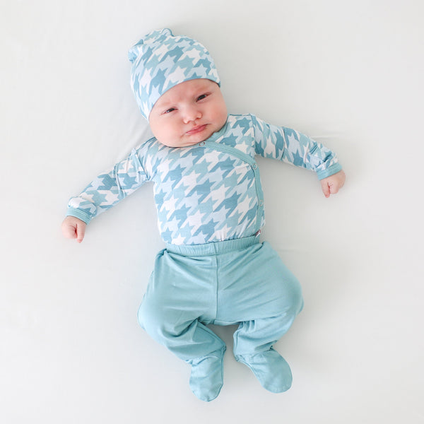 Posh-Peanut-Viscose-Bamboo-Stay-dry-fabric-reliably-chic-and-perfectly-practical-uniquely-designed-of-a-kind teal houndstooth romper with jogger and beanie