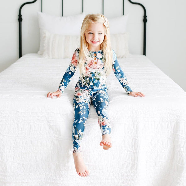 Blue Rose Long Sleeve Pajamas