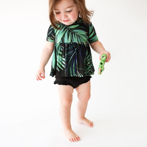 Baby wearing Leaf design Cooper Short Sleeve Peplum Ruffled Bummie Set