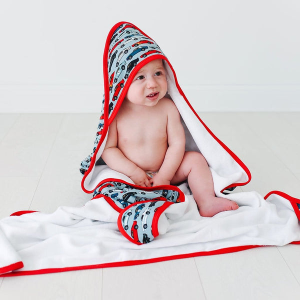 Miles Hooded Towel