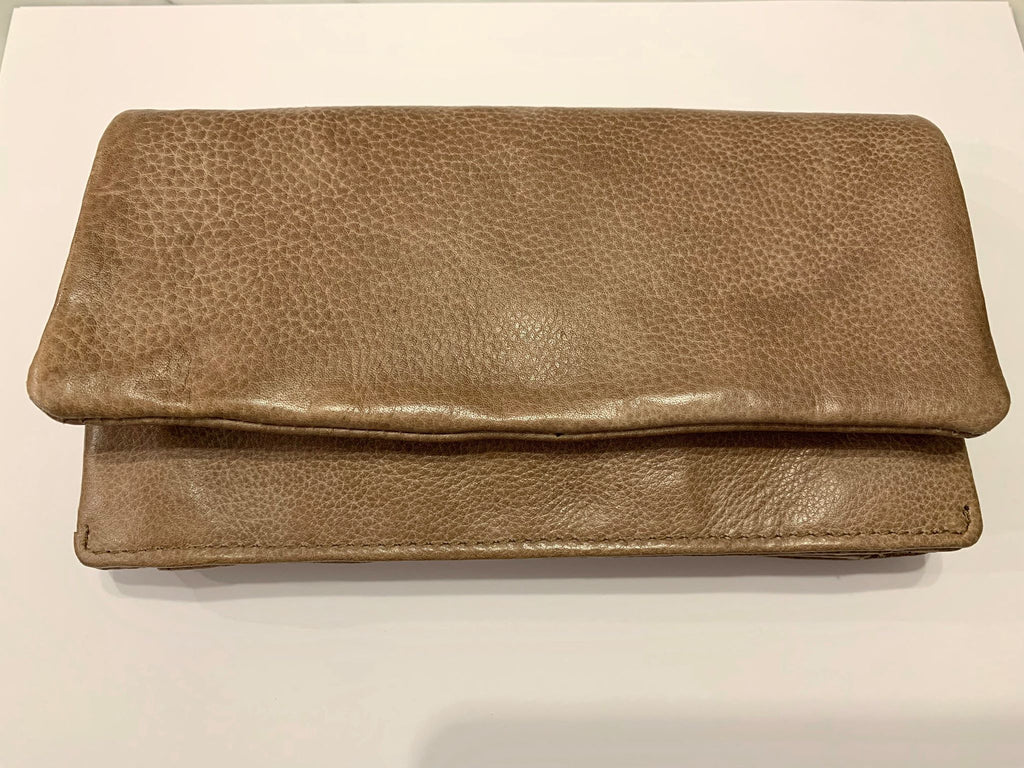 Rugged Hide by Oran Leather wallet in a sand colour