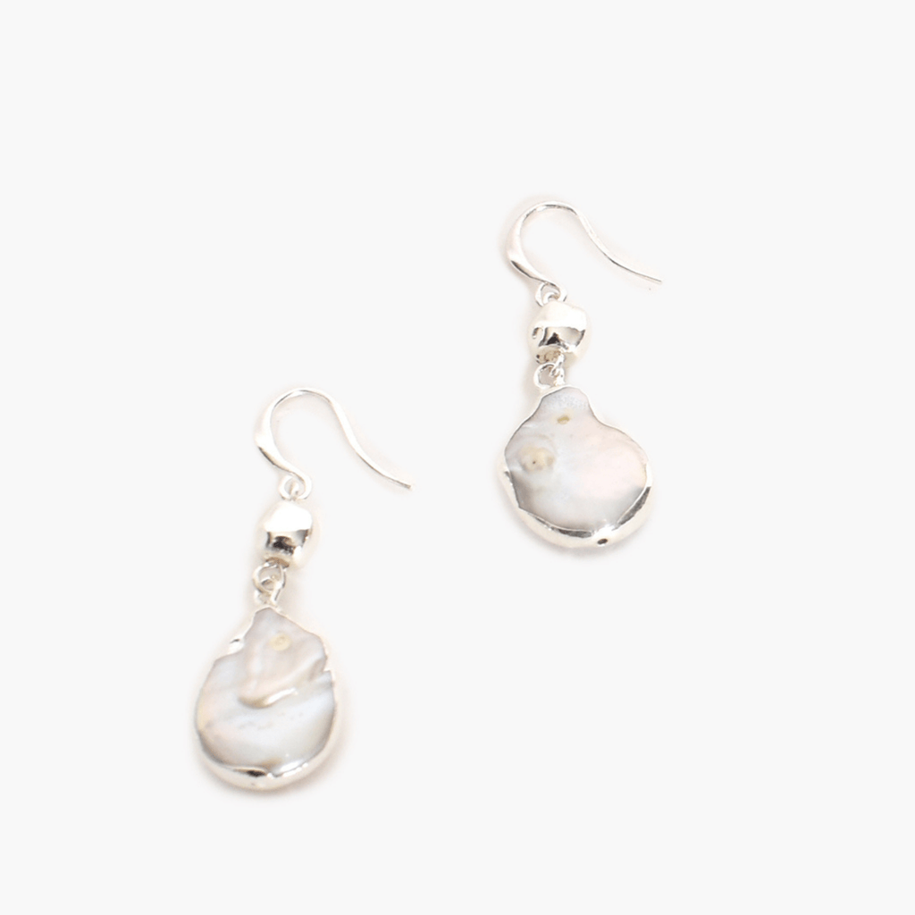 Edge Pearl Hook Earrings