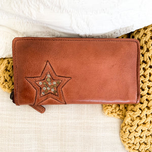 Rugged Hide Lillian Wallet