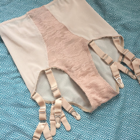 NUDE KNICKERS BISCOTTI HIGH WAISTED KNICKERS. big knickers pantie girdle detachable suspender garter straps cotton gusset plus size retro and vintage lingerie by pip and pantalaimon