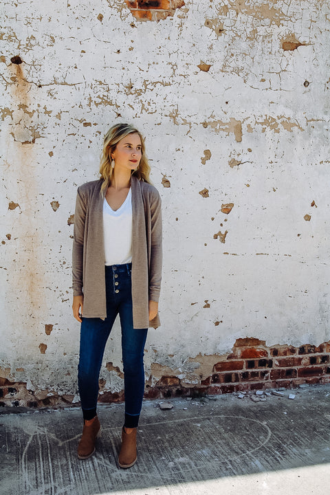 The Boyer Cardigan // Mushroom