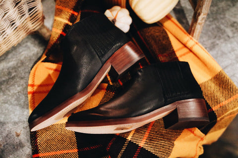 The Towne Bootie // Black