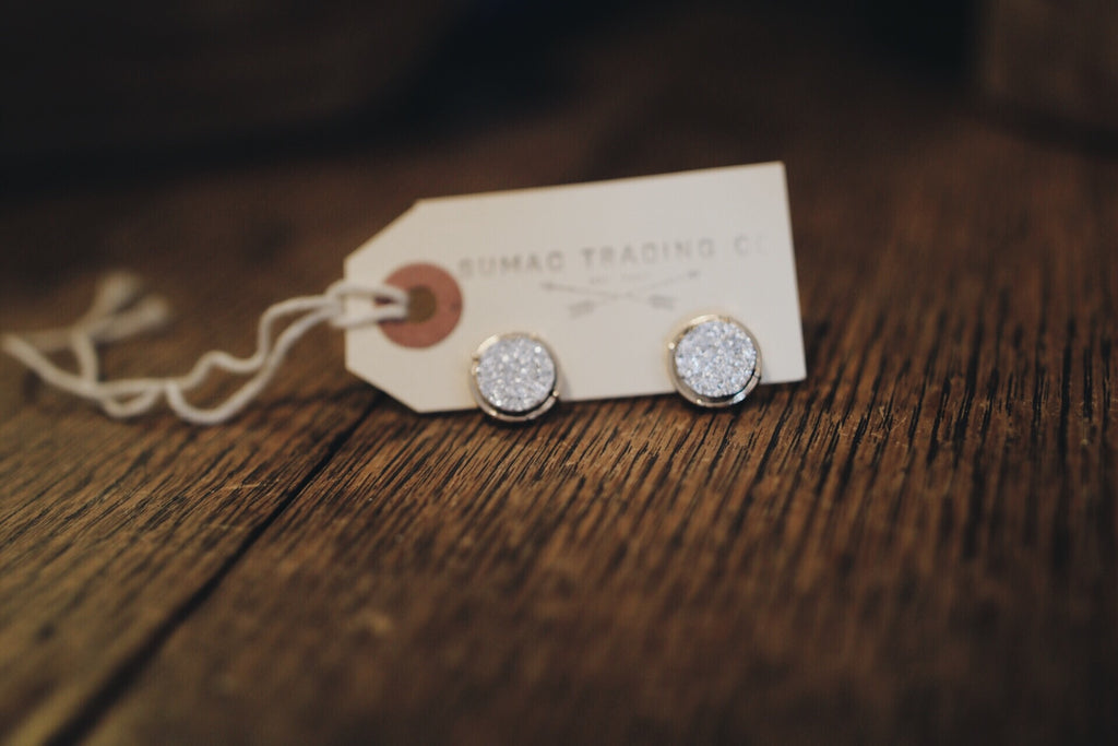 Druzy Earring // Light Gray