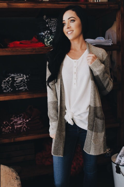 The Bonnie Cardigan // Olive
