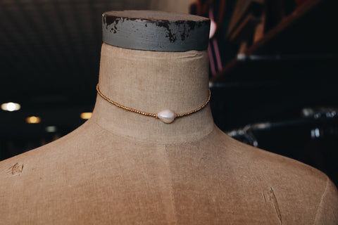 gold bead with pearl choker