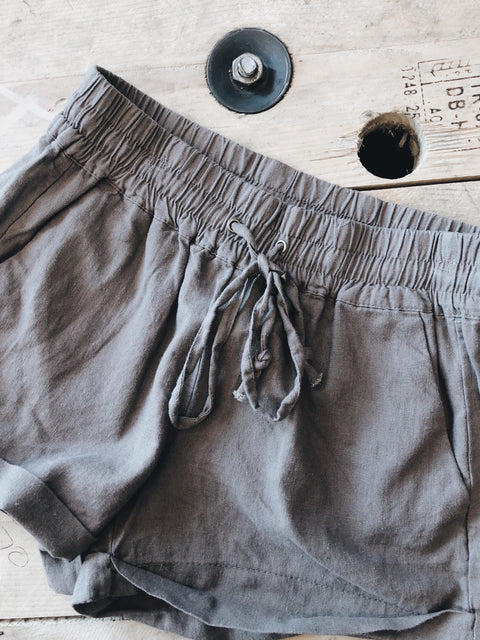 The Laurie Shorts // Mocha