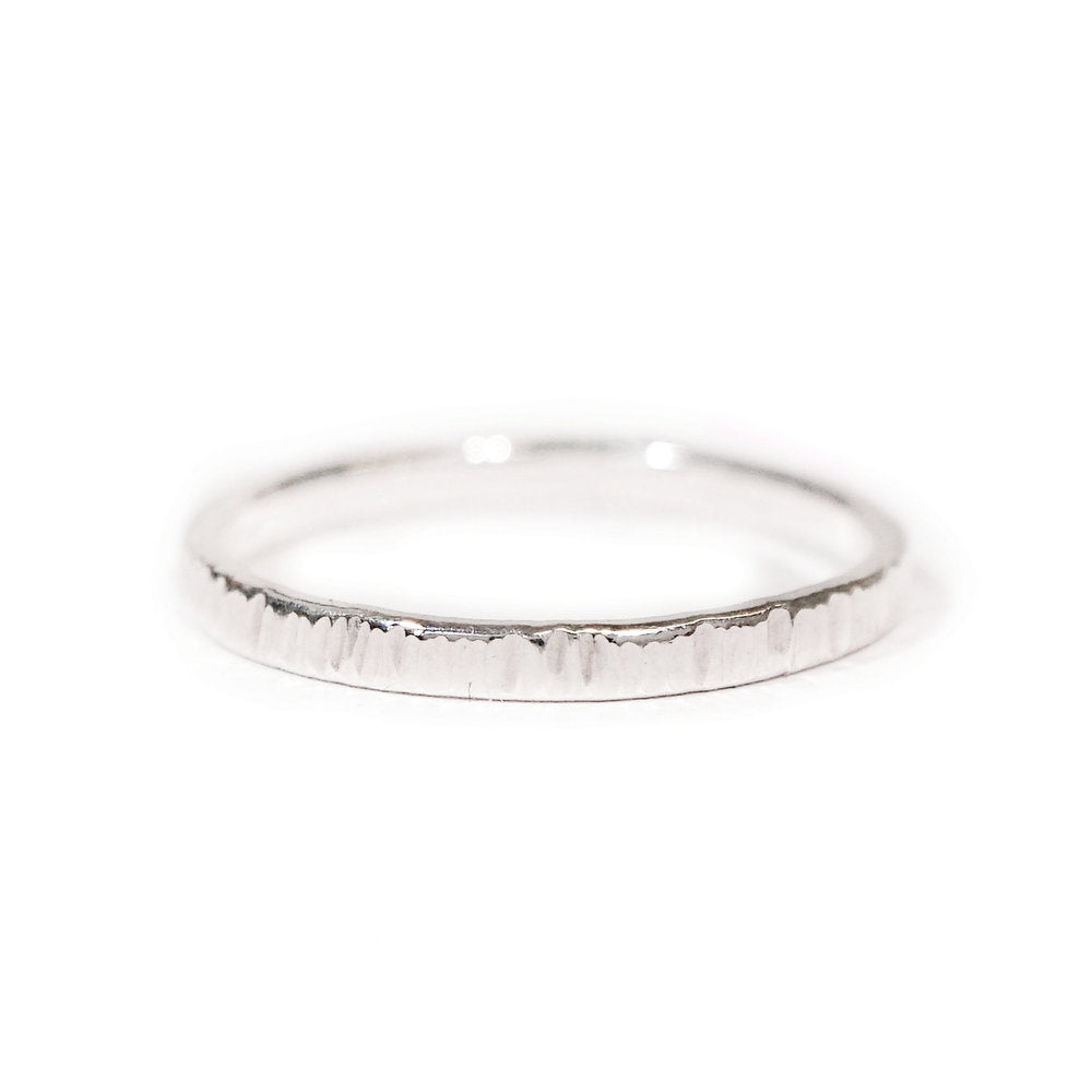 Essential Dash Ring in Sterling Silver
