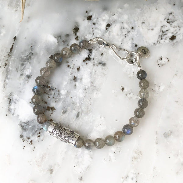 Boutique Labradorite Bracelet in Sterling Silver