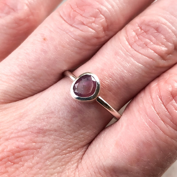 Raspberry Sapphire Ring in Sterling Silver Size 7