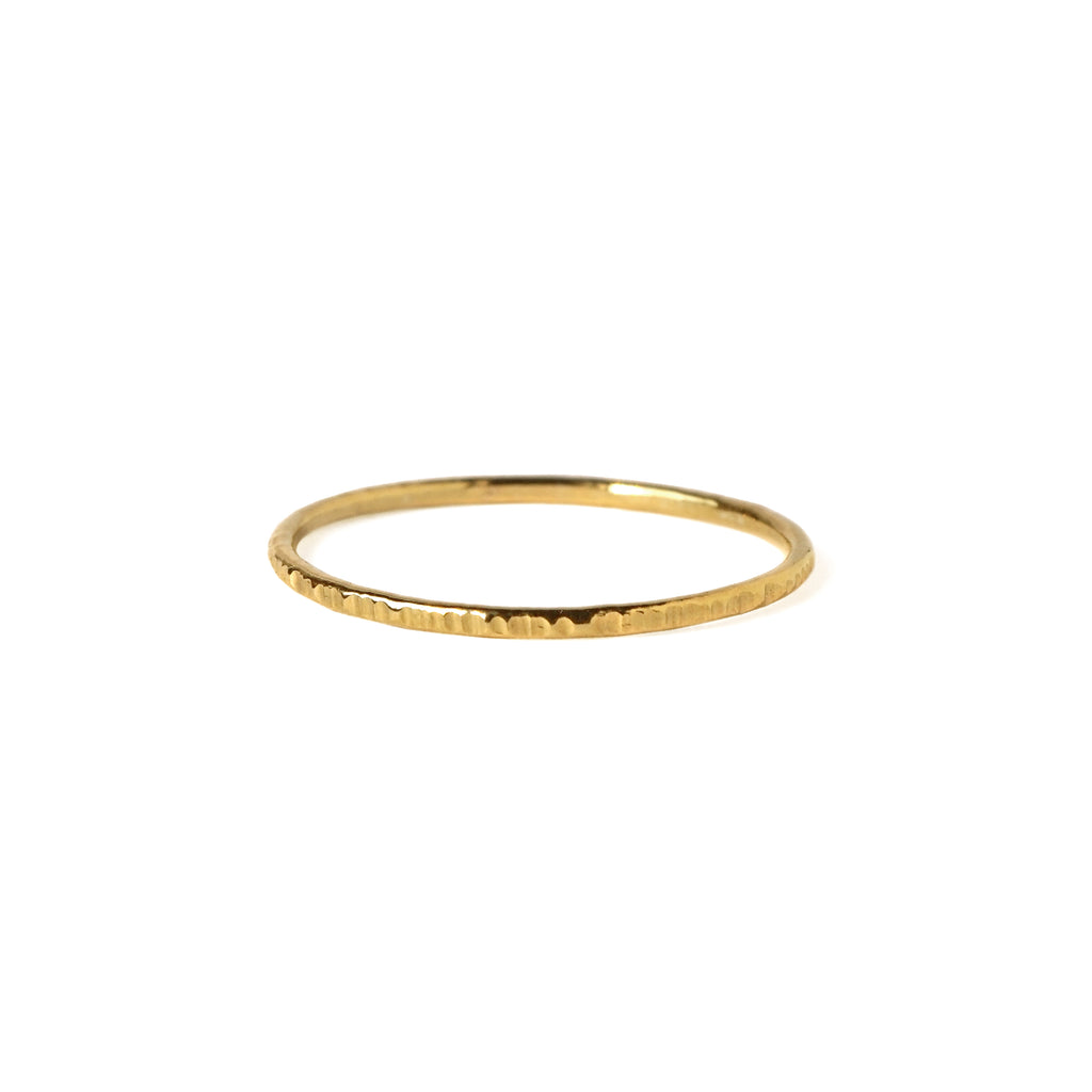 Dash Whisper Ring in Gold-Filled