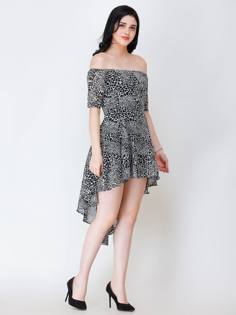 SCORPIUS BLACK PRINTED OFFSHOULDER DRESS
