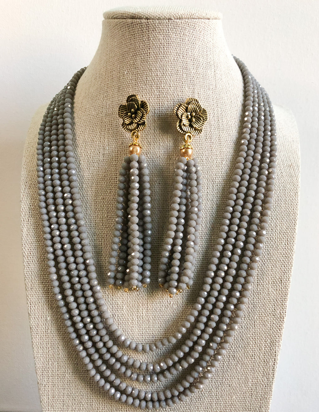 Tejal Necklace Set - Gray
