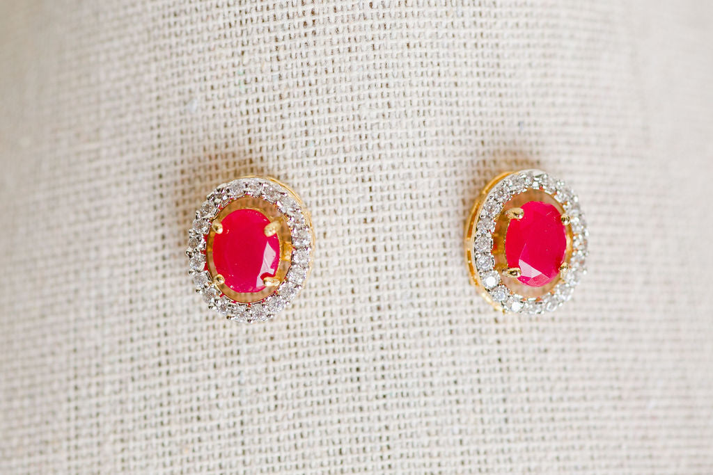 Nirali Stud Earrings (Oval Shaped)