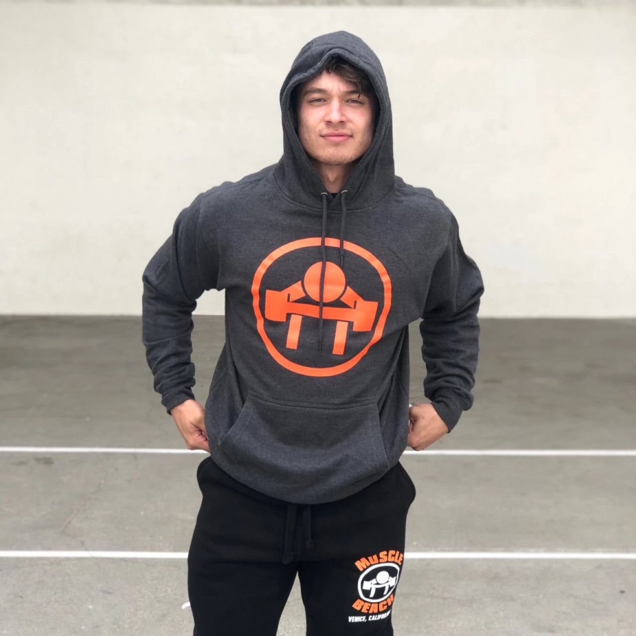 CIRCLE LOGO SWEATSHIRT - Muscle Beach