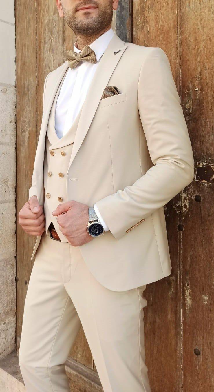 costume homme 3 pièces beige