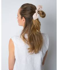 LEATHER BOW BIG HAIR TIE Beige