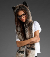 Load image into Gallery viewer, European and American fur hat winter female animal hat imitation rabbit fur grass cartoon cap with scarf