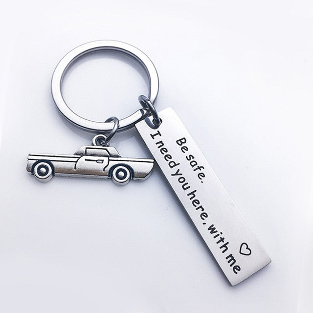 Stainless Steel Custom Keyrings Gift Drive Safe I Need You Here With Me Keychains Couples Boyfriend Personalized Bag Key Chains
