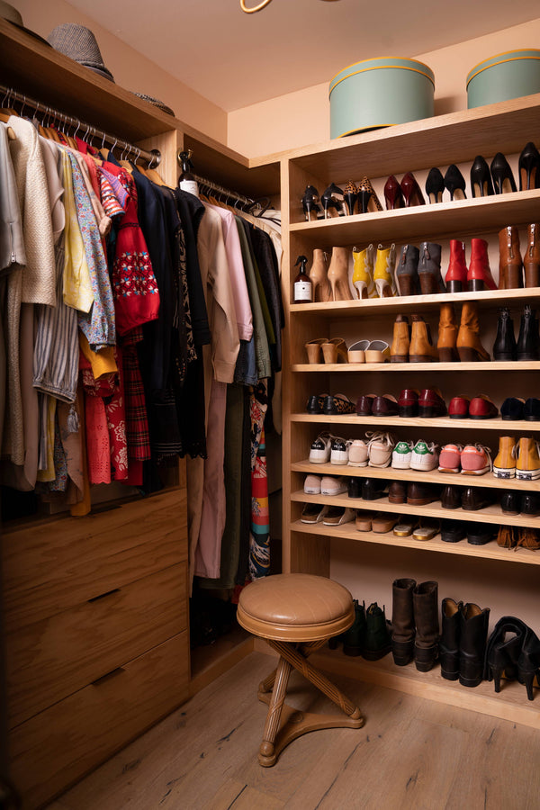 Spring Cleaning Playbook: Cleaning Out Your Closets