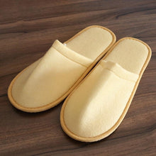 Charger l'image dans la galerie, 2019 New Simple Unisex Slippers Hotel Travel Spa Portable Men Slippers Disposable Home Guest Indoor Cotton Fabric Men Slipper