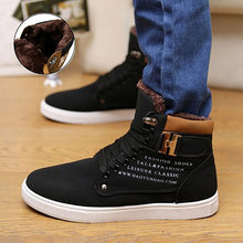 Charger l'image dans la galerie, Ankle boots warm men snow boots winter Lace-up men shoes 2019 new arrival fashion flock plush winter boots men size 39-47