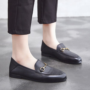 Dumoo Brand 2019 Flats Basic Shoes Women Loafers Cow Leather Metal Decoration Fashion Ladies Loafers Genuine Leather Women Shoes