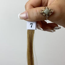 Cargar y reproducir el video en el visor de la galería, Light Brown Clip-In Hair Extensions #7
