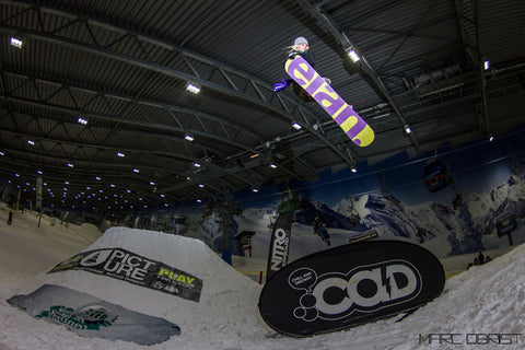 Veroniqi Hanssen Indoor Snowboarding in Netherlands