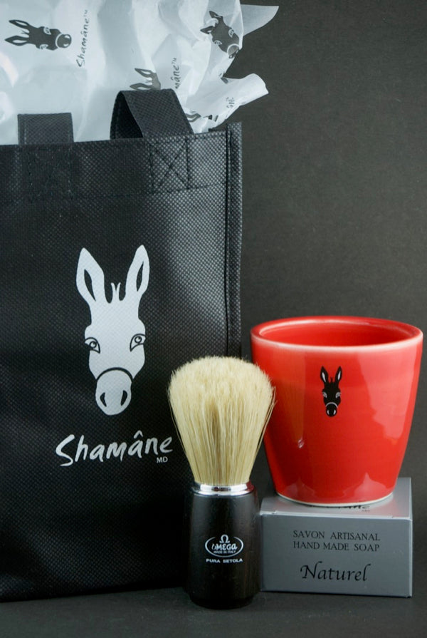 Red shaving set