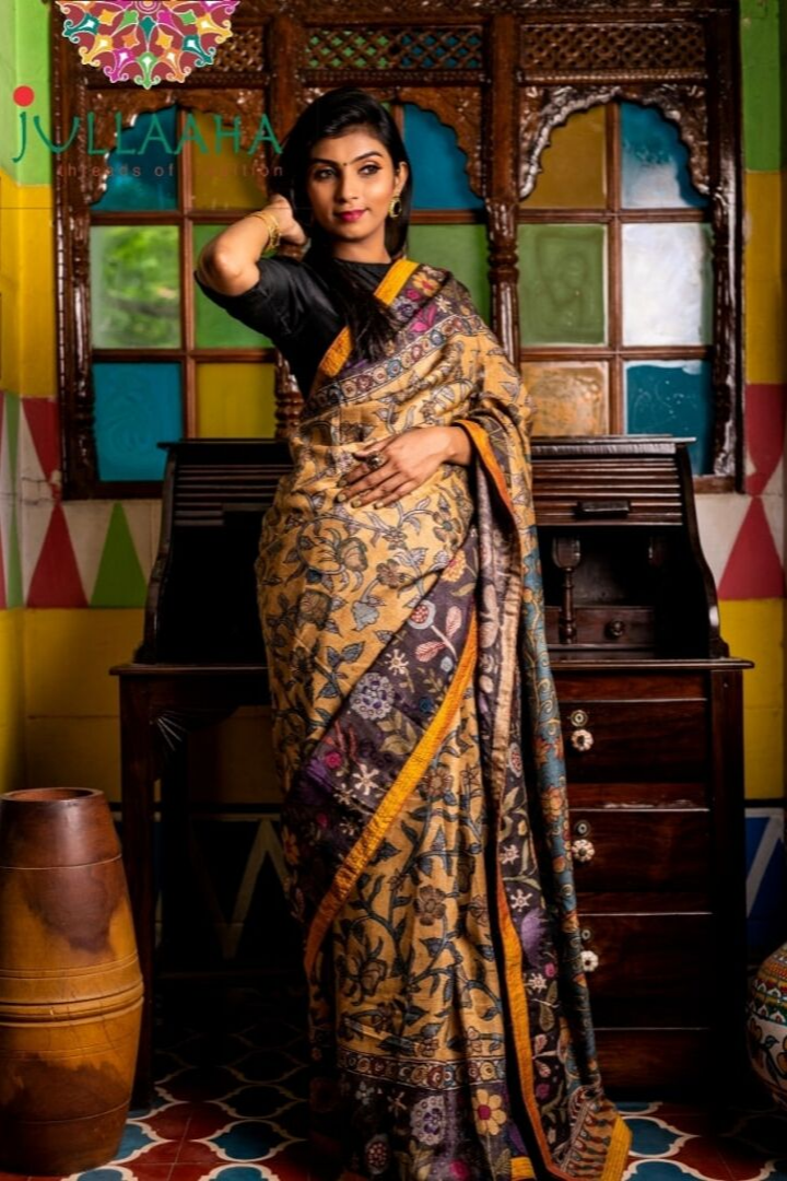 Georgeous Hand Painted Signature Kalamkari With Lakshmi Design And Golden Border Attached