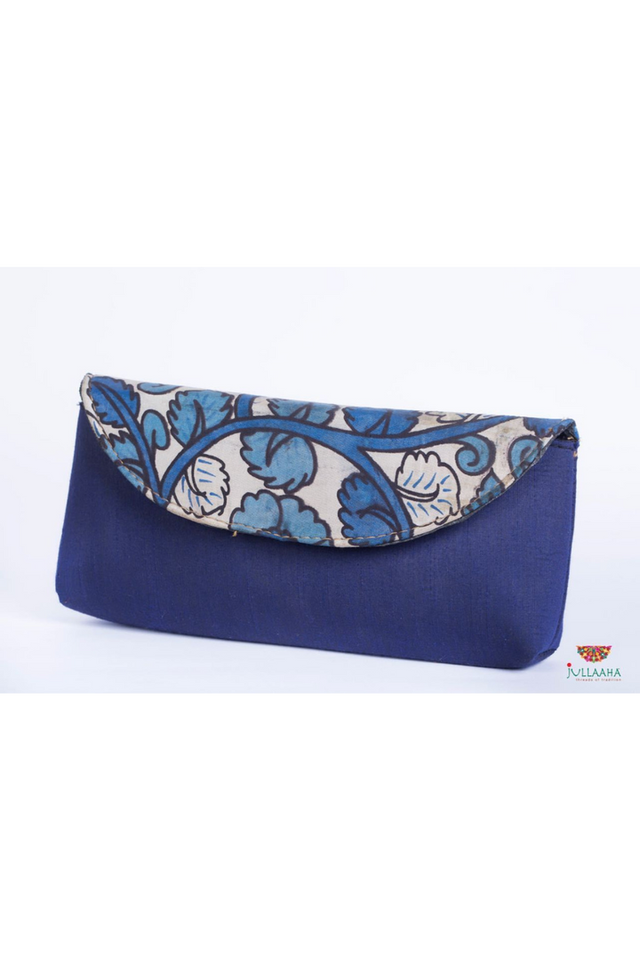 Kalamkari Clutch - Blue and White Floral