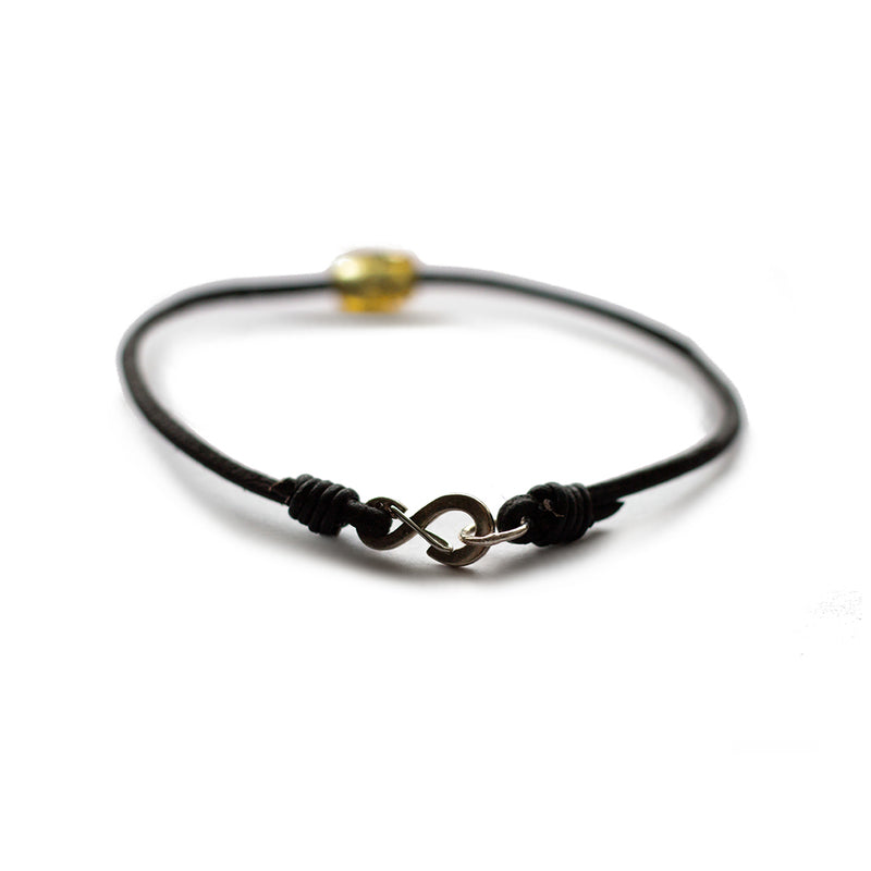 Token Bracelet Brown Baltic Amber