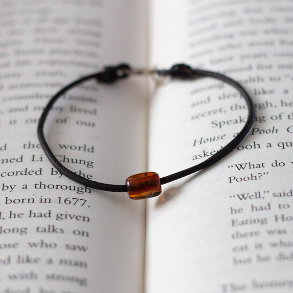 Token Bracelet Dark Brown Baltic Amber
