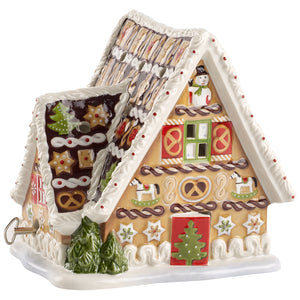 Gingerbread House w/musical clock